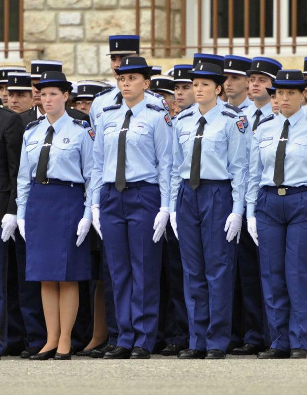 Une sous officier de gendarmerie fianc e un proche de - Grille salaire sous officier gendarmerie ...