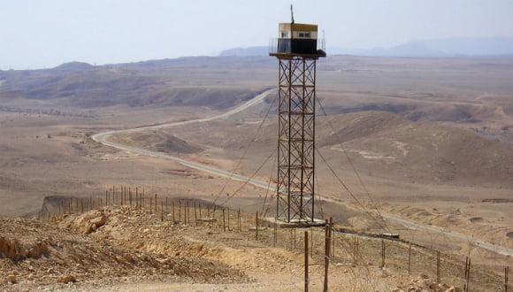 l'armée egyptienne abat deux hommes sur le sol israelien