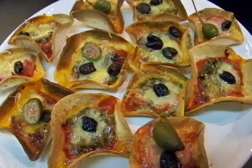 mini pizzas avec des restes de lasagnes