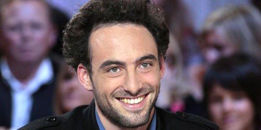 Le juif Raphaël Gluksman veut déraciner les enfants!