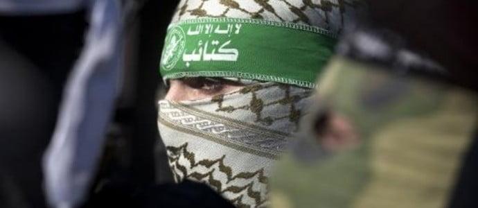 -Amnesty- accuse le Hamas de crimes de guerre