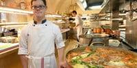 Pierre Henri atteint de trisomie 21 fait un stage dans les cuisines de l'Elysée