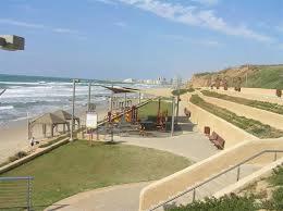 Les plages de Tel-Aviv et d'Herzliyya fermées pour cause de pollution