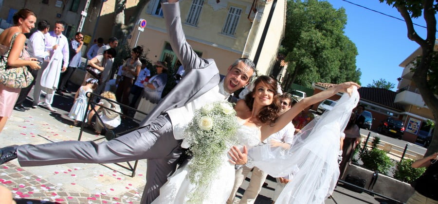 Elle préparait son mariage et elle apprend qu'elle est déjà marié à un homme de 72 ans