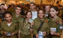 Les soldats sans famille réunis pour la journée des Sidourim