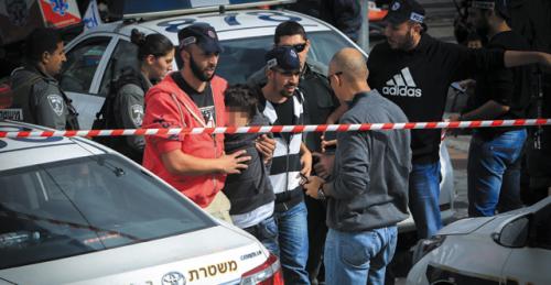 Une peine de prison pour les mineurs terroristes
