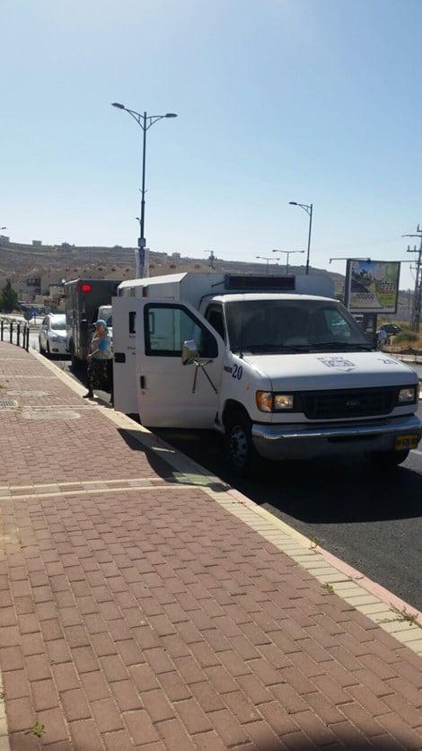 Attaque au couteau à côté de Hébron : deux blessés graves