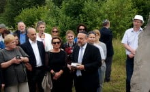 Le Grand Rabbin de Pologne récite une prière pour les victimes du pogrom de Jedwabne