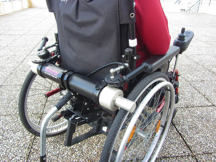 Isra l un nouveau fauteuil roulant lectrique petit prix alliance le pr - Prix fauteuil electrique ...
