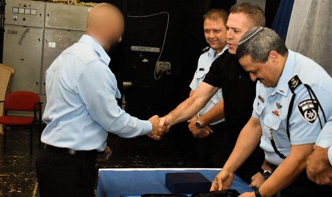 Israël: Un agent infiltré révèle le prix des armes illégales