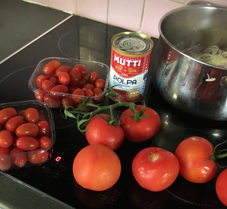 tarte-salée-tomates-basilic-thon