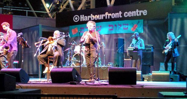 Un groupe klezmer, hip hop et funk enflamme l' Ashkenaz Festivalà Toronto