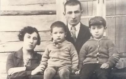 La famille Persky - à droite, Shimon