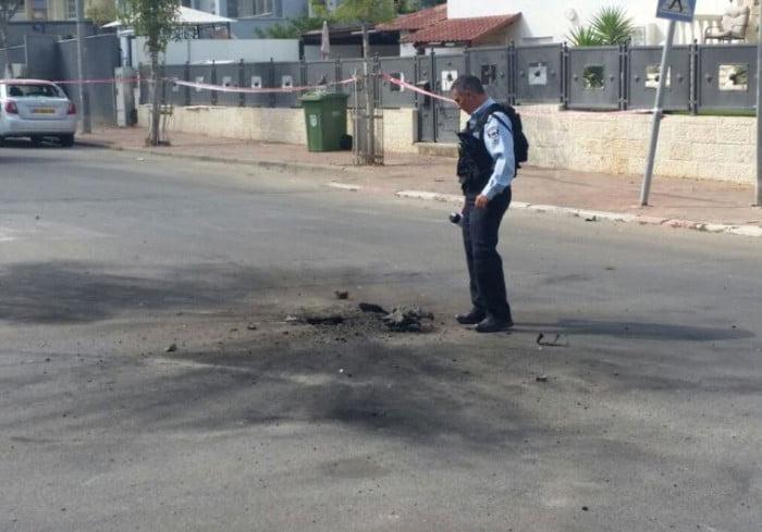 Une roquette tiré depuis Gaza frappe le sud d'Israël