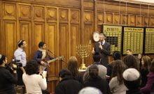 Varsovie: une fête de Hanouka malgré les insultes antisémites