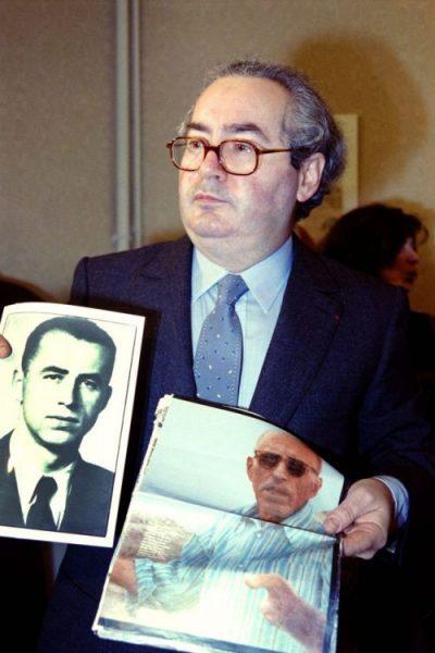 Serge Klarsfeld présente, en 1989, deux portraits d'Alois Brunner, réfugié en Syrie.