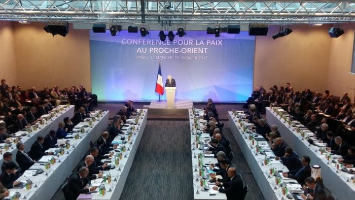 La Conférence de Paris pour la paix: beaucoup de bruit pour rien