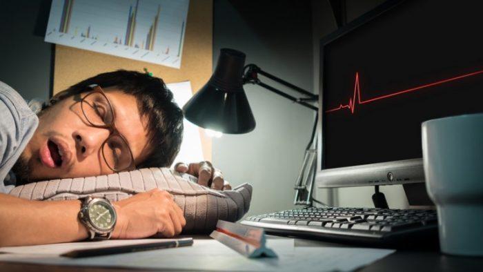 Selon une étude israélienne,les personnes créatives dorment plus mais mal