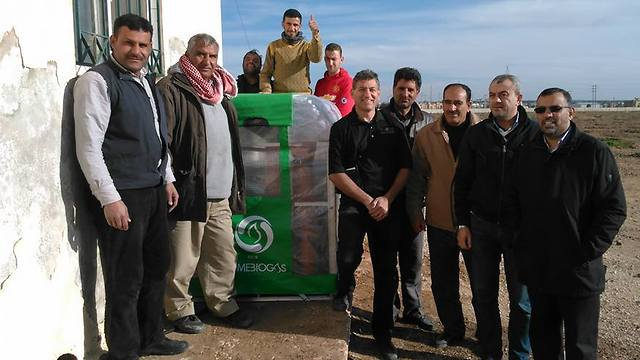 La technologie israélienne aide les réfugiés syriens à retrouver la normalité