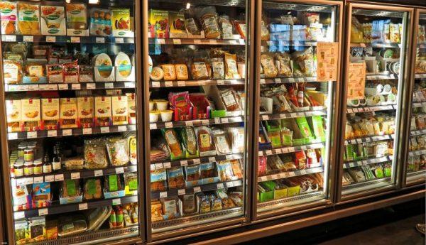 Développer des emballages alimentaires antimicrobiens pour les denrées périssables