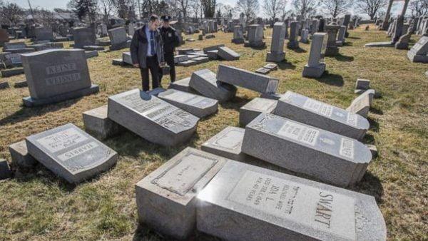 Profanation du cimetière juif de Philadelphie