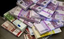 Israël: la banque Leumi jette 50000 euros à la poubelle