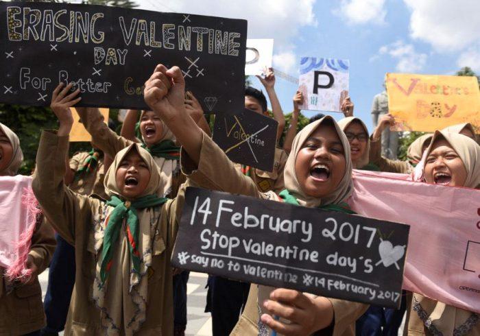 La St Valentin interdite dans certains pays à majorité musulmane