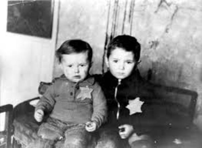 L'inaction des Juifs américains entre 1942-1944