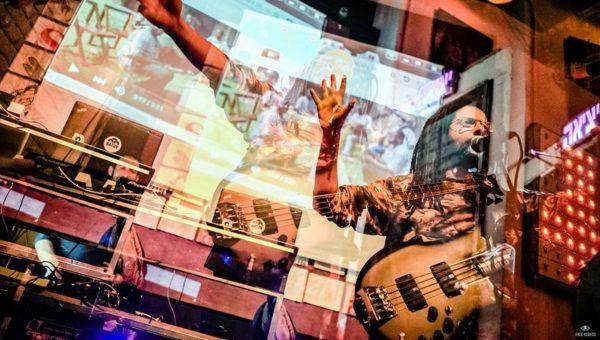 Yossi Fine présentera Musique du Désert Bleu au Blue Hall, le 13 février à 20h