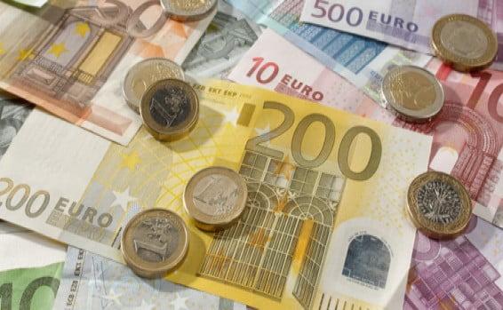 L Une Des Monnaies Les Plus Fortes Du Monde Alliance Le Premier
