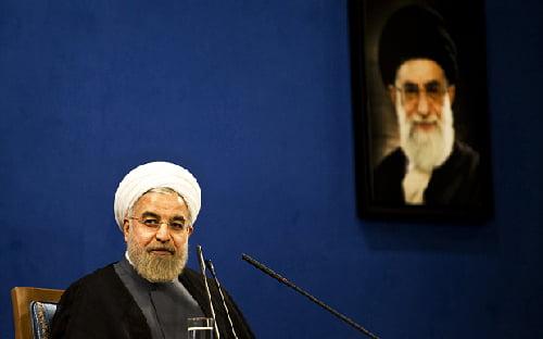 Les États-Unis soutiennent le gouvernement irakien, qui comprend les milices chiites et qui est proche de Téhéran
