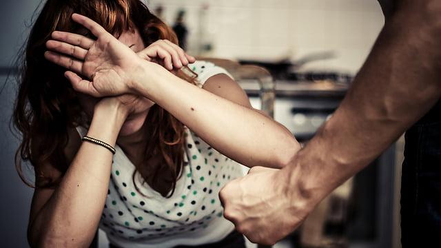 Israël: la violence domestique doit être traitée comme le terrorisme