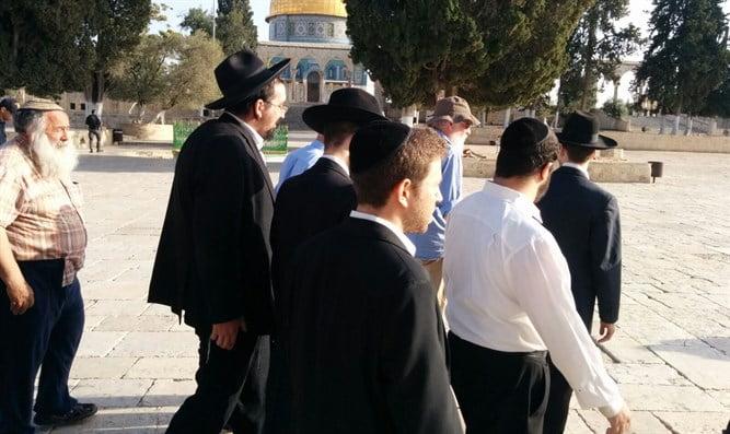 Israël: les Juifs autorisés à monter sur le Mont du Temple sans escorte du Waqf