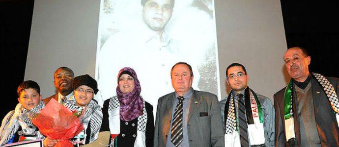 Le maire lesparre fait l'apologie du terrorisme palestinien