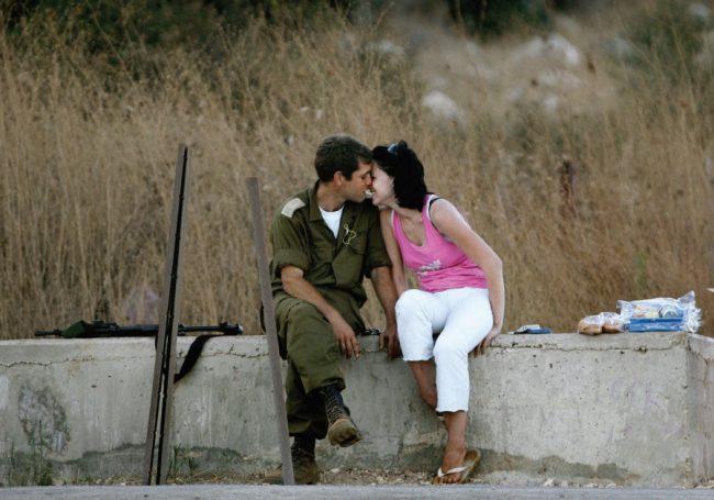 Regard sur le monde étrange et merveilleux des applications de rencontres israéliennes