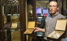 Eli Mordechai, le propriétaire du magasin