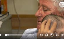 Israël: un retraité offre tout son amour aux bébés malades et abandonnés