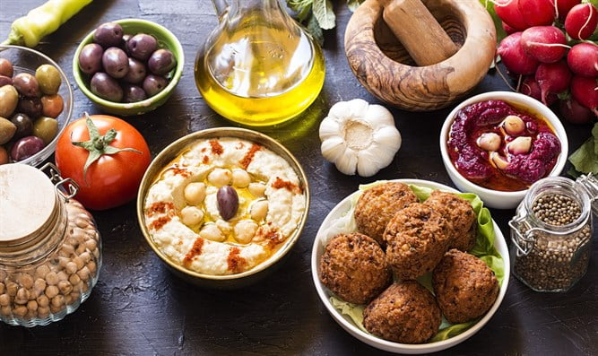 Un restaurant casher apporte la culture israélienne à Porto
