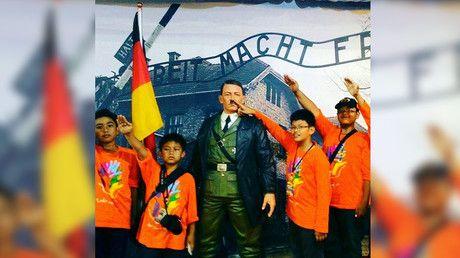 Selfies avec Hitler