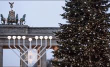 Des allumages de Hanukkah dans le monde entier
