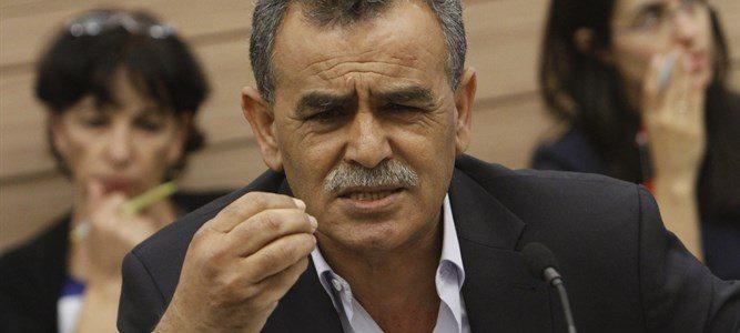 Un député arabe critique vertement Israël et ses symboles