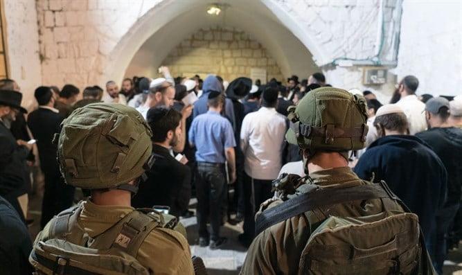 Israël: miracle au tombeau de Joseph