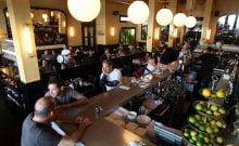 les restaurants de Tel Aviv ferment pour cause de paiement rétroactif sur travailleurs clandestins