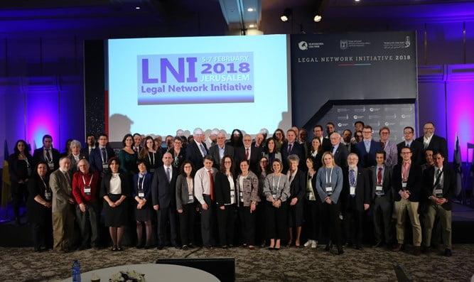 Un pacte de défense d'Israël signé par des avocats du monde entier