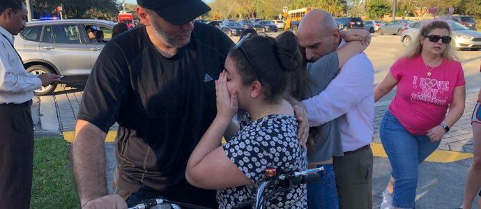 Floride: un Israélien apporte jus de fruits et réconfort aux victimes de la fusillade