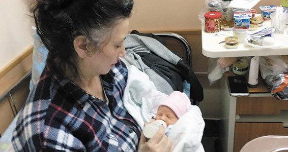 Une israélienne accouche de jumeaux à l'âge de 60 ans