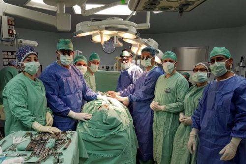 Une partie de l'équipe multidisciplinaire de plus de 30 médecins et infirmières, au centre médical Baruch Padeh à Poriya.