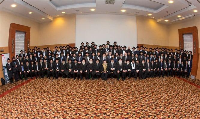 300 rabbins s'engagent à réveiller l'Europe de son dangereux sommeil