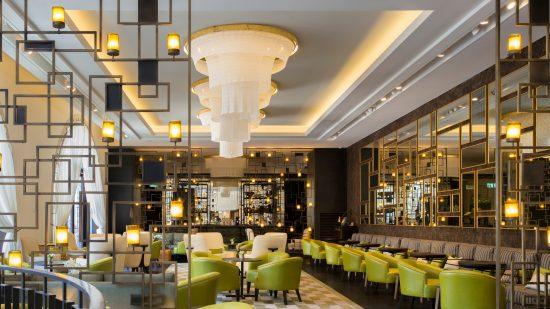 Le bar et le lounge de l'Orient Hotel à Jérusalem