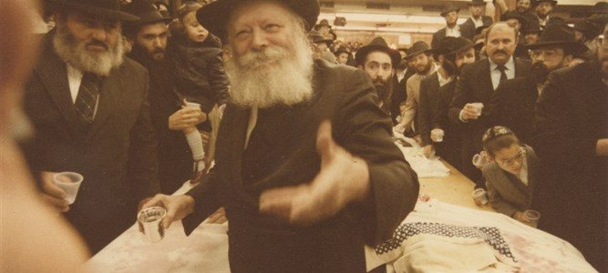 La coupe de Kiddouch du Rabbi de Lubavitch vendue aux enchères